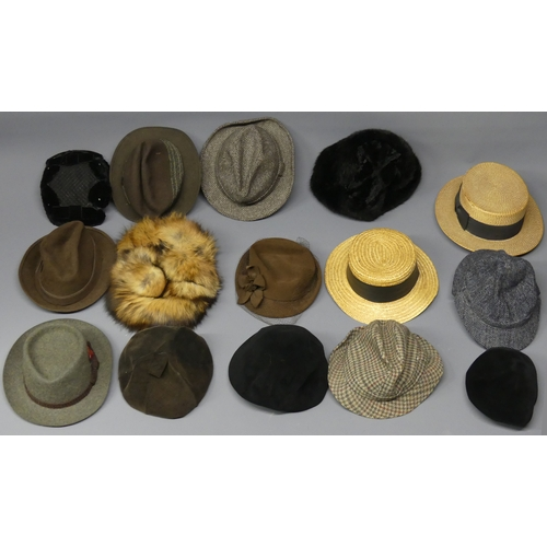 321 - 15 hats including Straw Boaters and a Country Trilby. UK Postage £20.