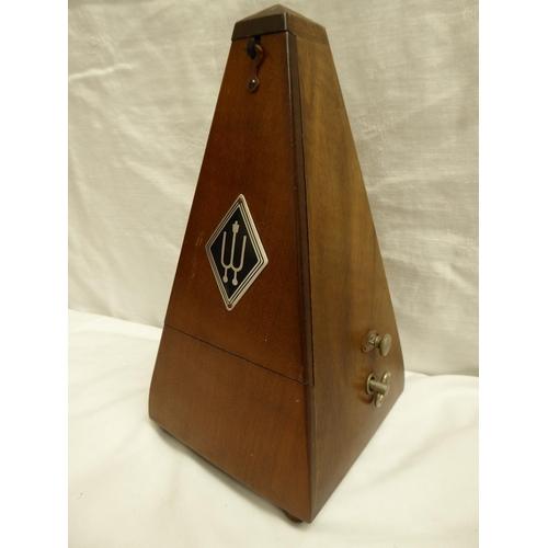 42 - German metronome