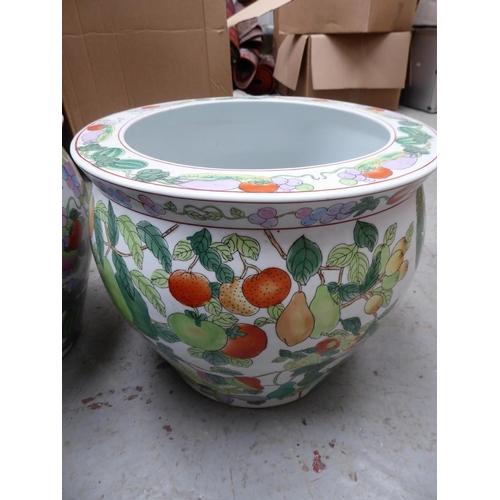 56 - Pair of Oriental style porcelain jardinieres - ht. 30cm