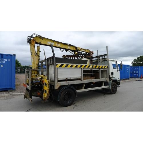 6 - DAF FA 55 160 Ti  Reg: W487 BOC.  YoM 01/06/2000 Dropside lorry fitted with Atlas 3008 crane c/w Aug...