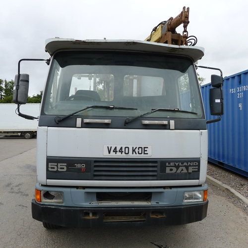 7 - DAF FA 55 160 Ti  Reg: V440 KOE.  YoM 17/12/1999. Dropside lorry fitted with Atlas 3008 crane c/w Au...