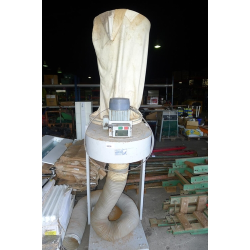 2036 - 1 single bag dust extractor by Rondean, 3ph...
