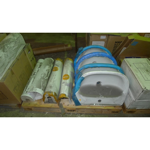 3055 - 1 pallet containing 4 white ceramic basins by Roca & 4 pedestals by Zoom...