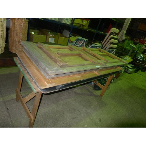 23 - 5 wooden folding tables...