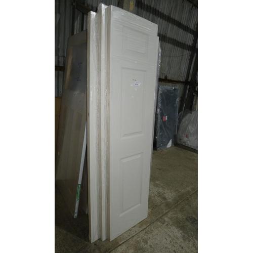 2030 - 3 various size / type white internal doors...