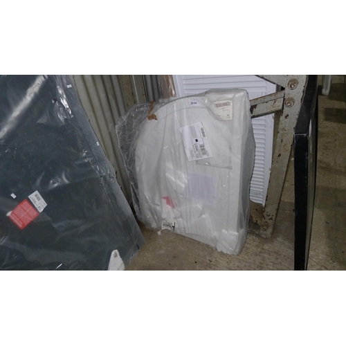 2034 - 1 Pearlstone corner shower tray approx 1000mm x 800mm...