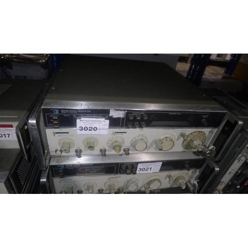 3020 - 1 Hewlett Packard 8640B signal generator 0.5-512MHz...