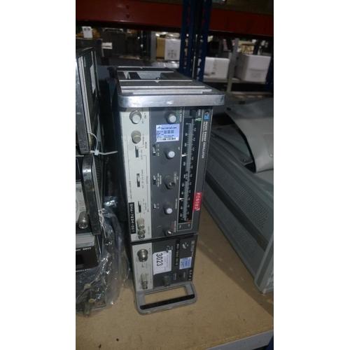 3023 - 1 Hewlett Packard 8620C/86235A sweep oscillator 1. 7-4.3GHz...