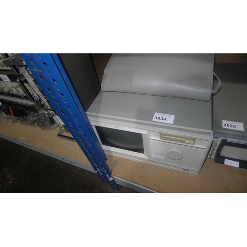 3034 - 1 Hewlett Packard 16500A logic analysis system mainframe...