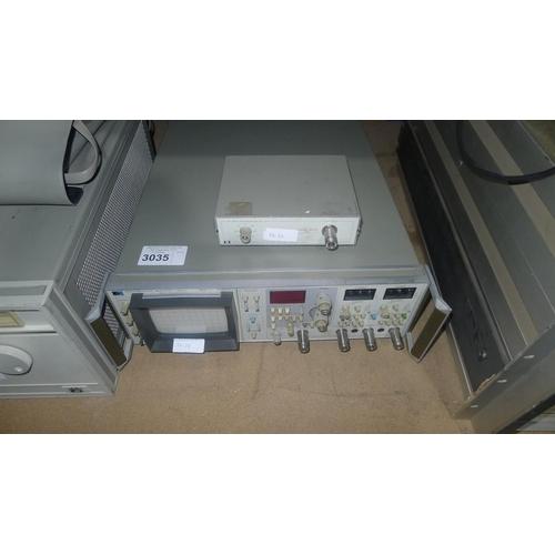 3035 - 1 Hewlett Packard 8754A network analyser 4-1300MHz with 1 Hewlett Packard 8502A transmission / refle...