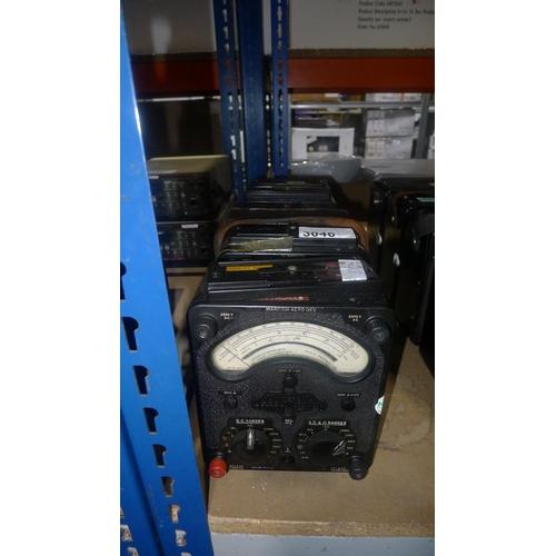 3046 - 5 x AVO 8 Mk2 multimeters...