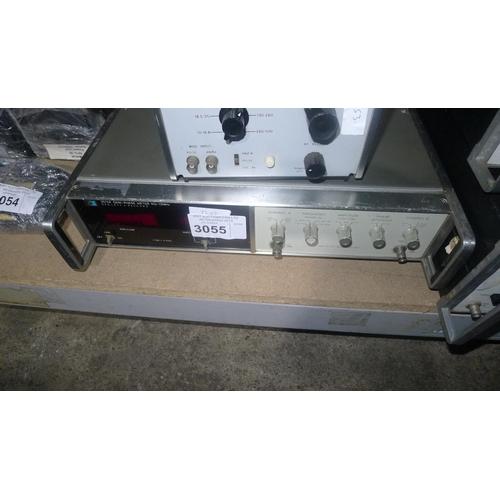 3055 - 1 Hewlett Packard 3575A gain-phase meter...