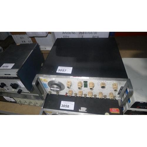 3057 - 1 Wavetek 164 sweep function generator 30MHz...