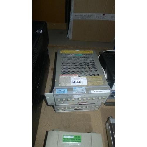 3040 - 2 Hewlett Packard 11713A attenuator / switch drivers...