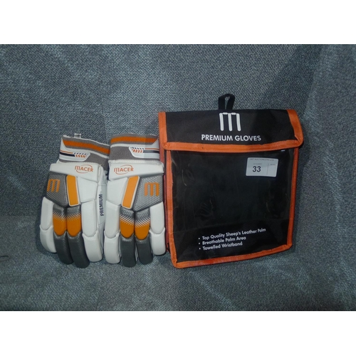 33 - A pair of Macer Premium batting gloves size Mens R/H...