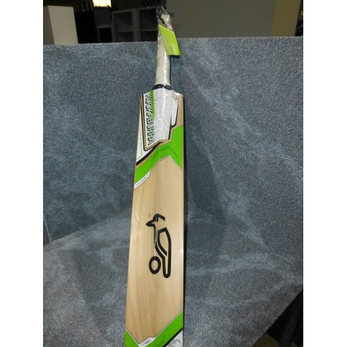 18 - 1 Kookaburra Prodigy 50 cricket bat size H, bat has 16 E marked on it and weighs approx 1038    gram...