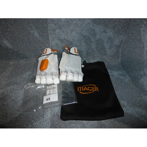 45 - A pair of Macer Premium batting gloves size Mens L/H...