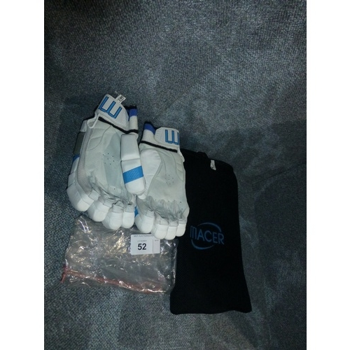 52 - A pair of Macer batting gloves in white Pittards leather size Mens L/H...