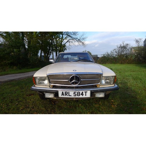 1001 - Mercedes 350 SL Auto 1979 Convertible with hard top. Petrol 3499cc. MoT & Tax exempt., dry stored si...
