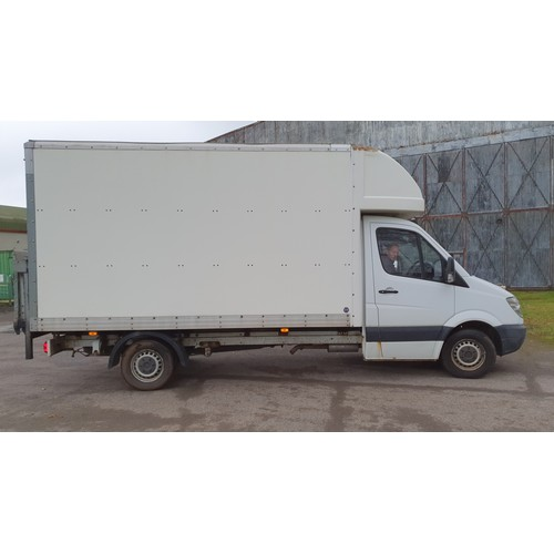 484 - Mercedes Sprinter 313 CDI  Luton Van, Reg: YK61 ZNW 1st Reg. 26/09/2011, White single wheel, 2143cc ...