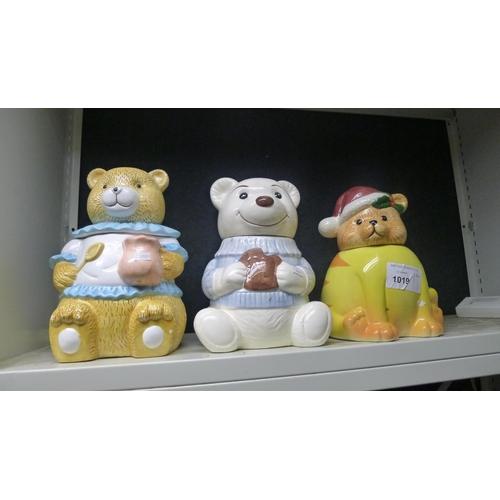 1019 - Three Bear decorated kitchen pots
