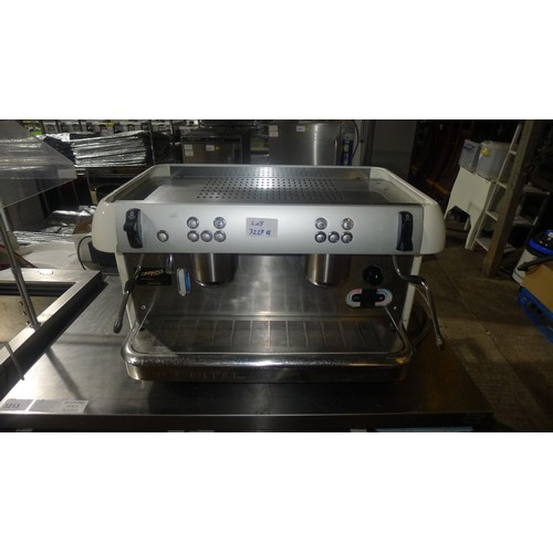 3213a - A commercial 2 group coffee machine by Imberital, features 2 steam wands,model 2010 - serial 22286 -...