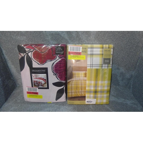 4057 - 2 x king size duvet cover sets, please see pictures for more details...