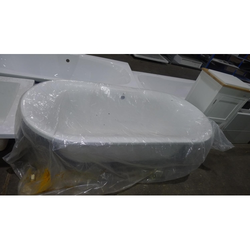 2115 - 1 ex-display white resin oval bath approx 170cm x 77cm - bath only, NO fixings or panels are include...
