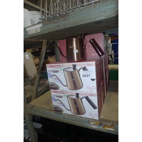 3037 - 9 x copper effect coffee pots by Cafe De Tiamo