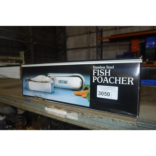 3050 - A boxed stainless steel fish poacher approx 18