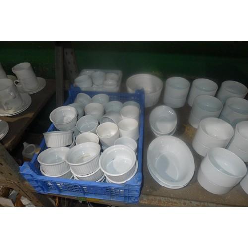 3016 - A quantity of various white crockery by Art De Cuisine etc including mugs, sugar bowls, ramekins, co...