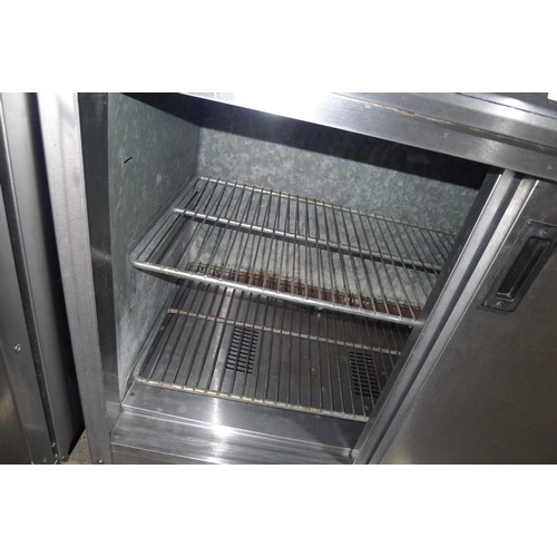 3166 - A commercial stainless steel catering type hot cupboard no make or model visible - 240v trade