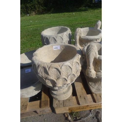 3385 - 2 x pineapple style concrete planters