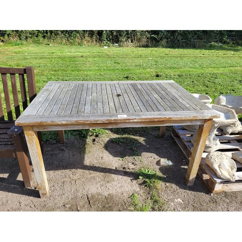 3402 - A rectangular wooden garden table