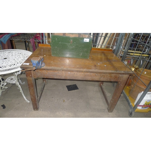 1066 - 1 wood working bench with a Record No. 1 bench vice fitted, approx 129 x 75 x 76cm high