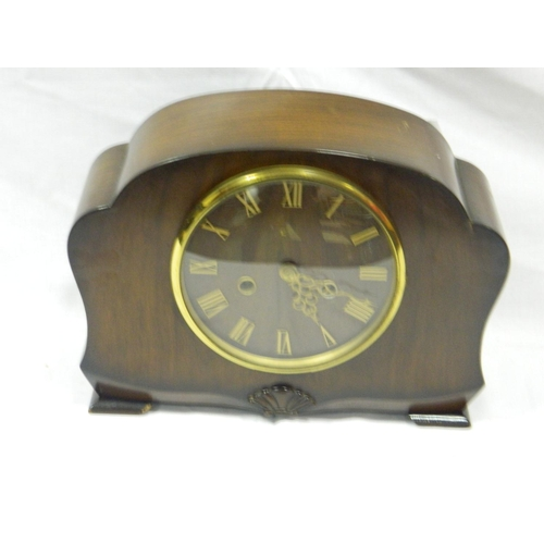 251 - c1930's Mantle clock...