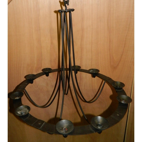 289 - Wrought iron 10 candle chandelier...