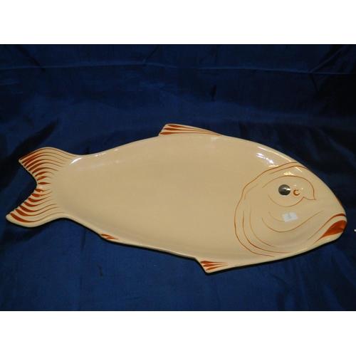 313 - Large fish platter...
