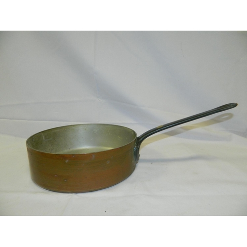 321 - Copper frying pan...