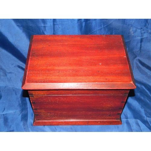 364 - Small mahogany style wooden box...