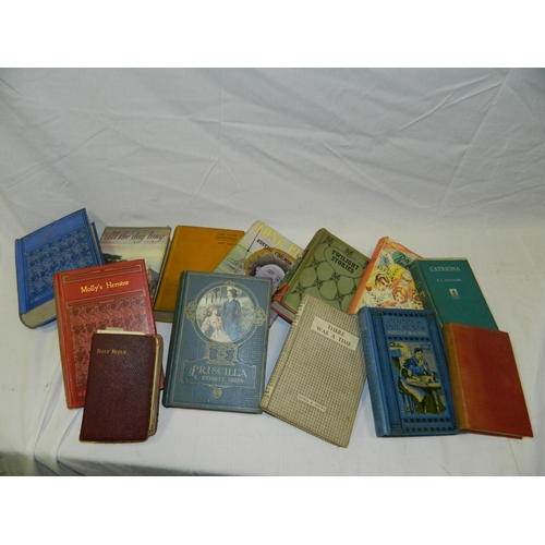 369 - Selection of vintage books...