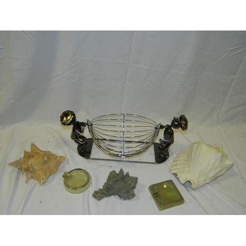 376 - Wirework fruit bowl, 2 onyz ashtrays and 3 Conch shells...