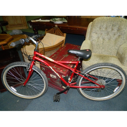 392 - Apollo 'Manic' 18 gear mountain bike...
