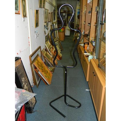 394 - Black tubular clothes stand...