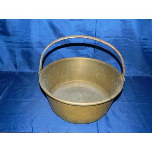 411 - Brass jelly pan...
