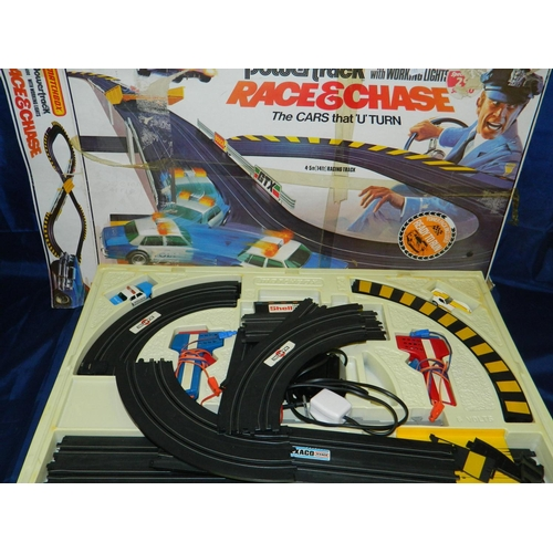 478 - Matchbox 'Race and Chase' scaletrix style set...
