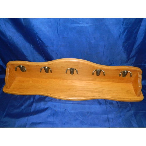 525 - Quality Oak 5 hook coat back...