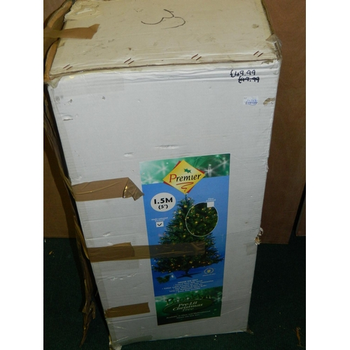 586 - 1.5m (5') christmas tree in box...