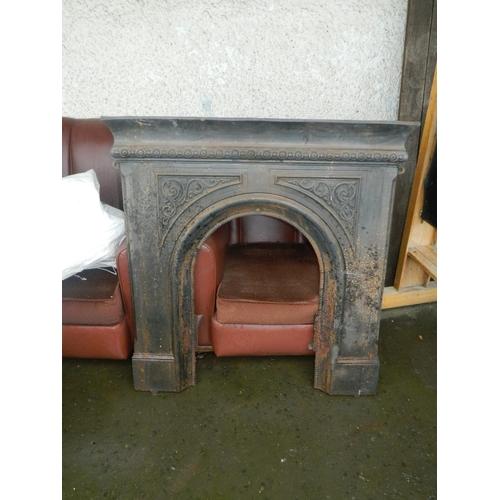 592 - Victorian iron fire surround...