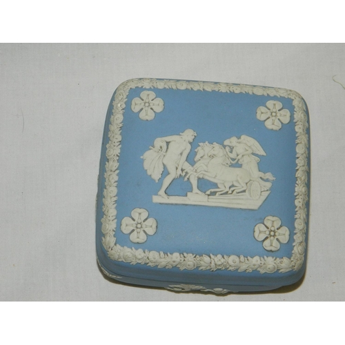 94 - Wedgwood Jasperware pin dish...